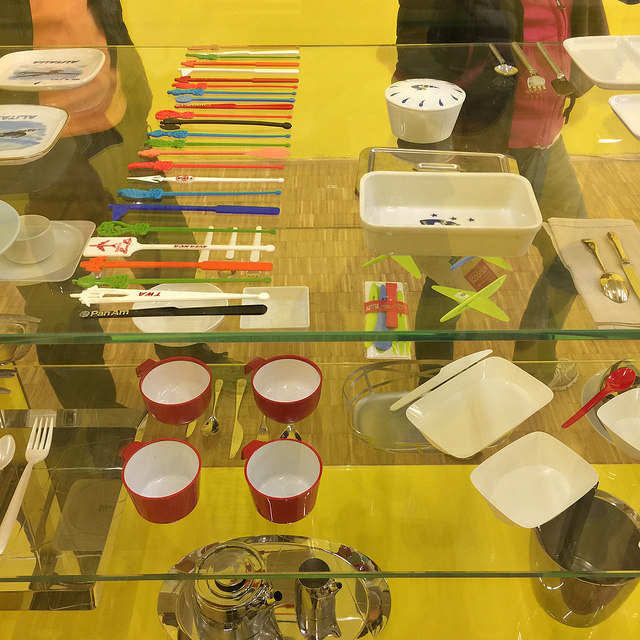Oggetti del settore 1950-1970, l'avvento della plastica e l'ottimizzazione delle funzioni