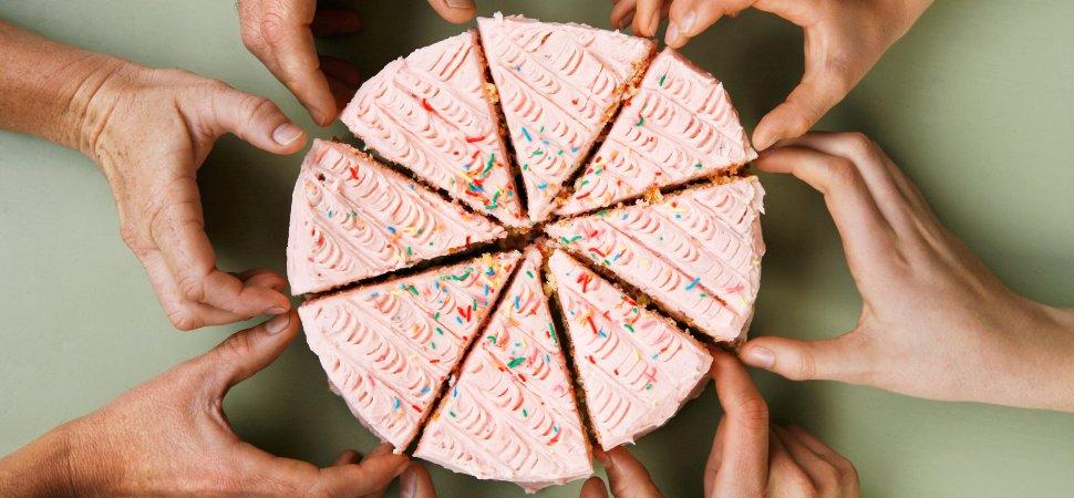 sharing-cake-1940x900_36102